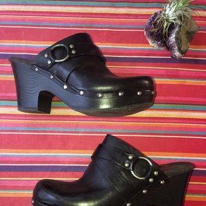 Kork-Ease Korks black leather slip on clog heels